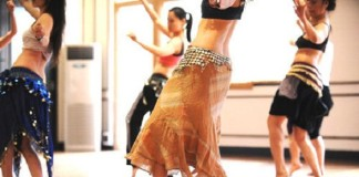 Belly dancing classes in Istanbul.