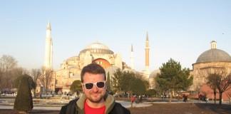 Sean Fallon saying goodbye to Istanbul.