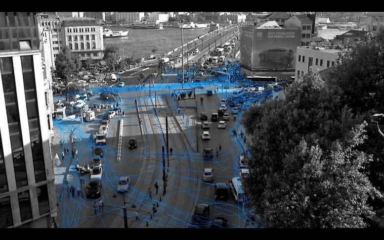 Maider Lopez's video Making Ways (2013) typifies pedestrian's routes in Istanbul.