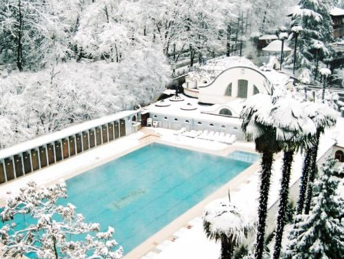 The public pool in Termal, Yalova (Source: aragec.com)