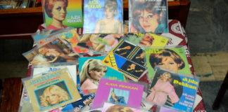 Izmir's Vinyl-Record Stores